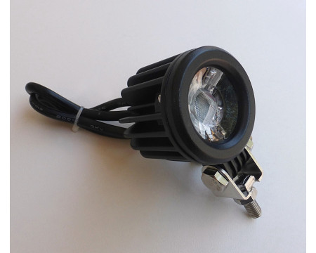 PROJECTEUR ADDITIONNEL A LED. IDEAL POUR VOS SORTIES DE NUIT !